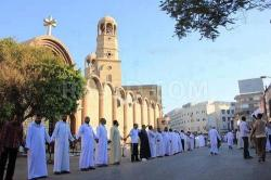 Egypt, Muslims protecting Christians
